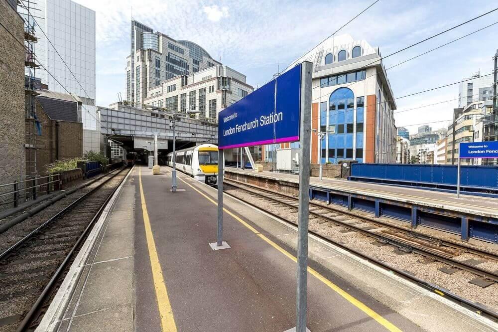 rainham train station essex address