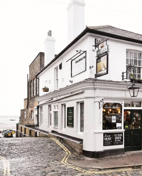 Leigh in Sea Pub