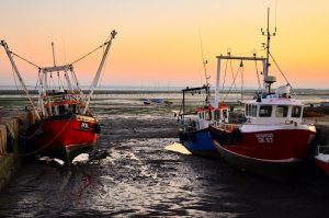 Boats in Leigh on Sea at high tide